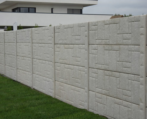 Mozaikmintás betonkerítés