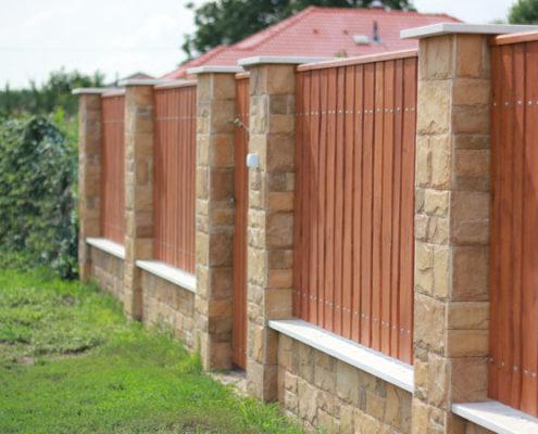 Labin kőburkolat és műkő kerítés